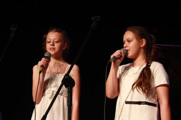 Przesłuchania kandydatów do 5 Przeglądu Piosenki Anglojęzycznej 'Right Song NOW'