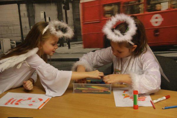 RIGHT CHRISTMAS NOW - bożonarodzeniowe wieczory dla dzieci
