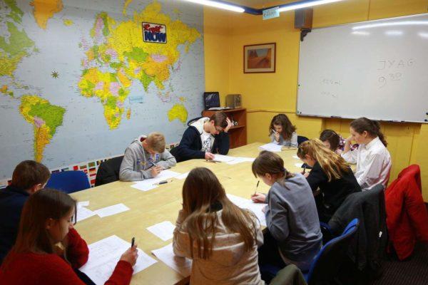 Wysokie wyniki uczniów Right Now w ogólnopolskim konkursie języka angielskiego 'FOX' 2015
