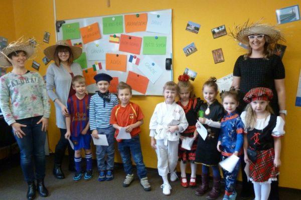 Round the World: 'Dookoła Świata' zabawa edukacyjna dla dzieci - 2016